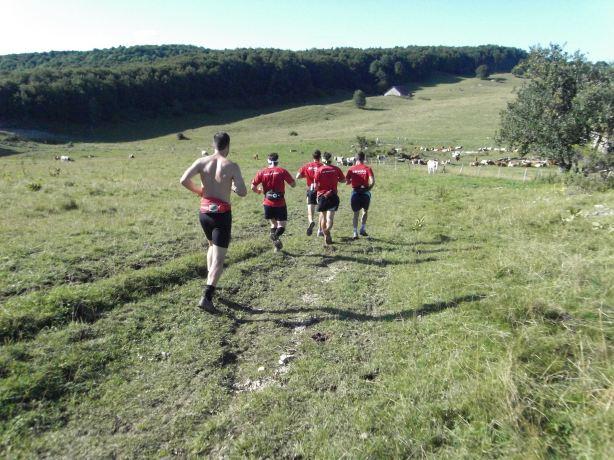 Séance de course à pied sur le plateau du retord